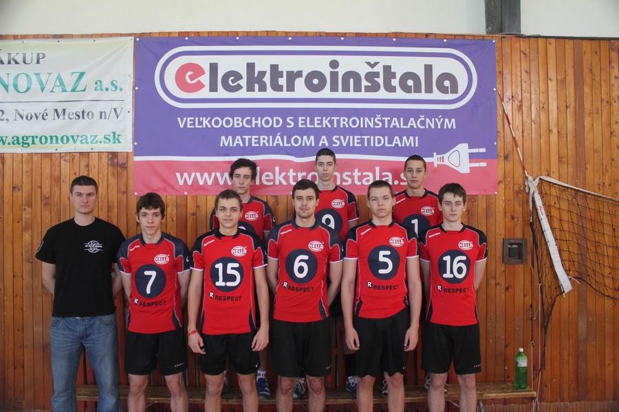 Volejbalový team - juniori v Novom Meste nad Váhom